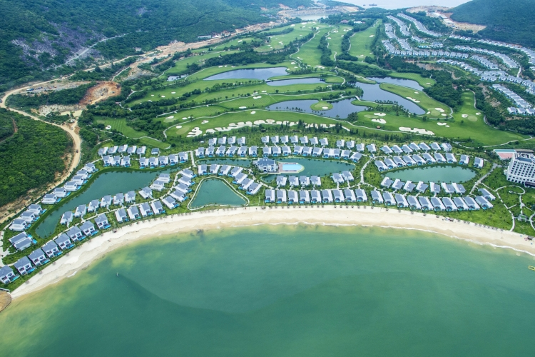 Vinpearl Golf Land Resort & Villas